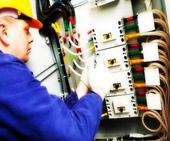 Вызвать электрика в Севастополе